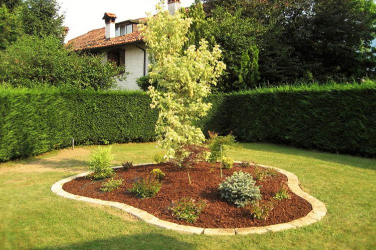 Giardini con tufo for Giardini e aiuole